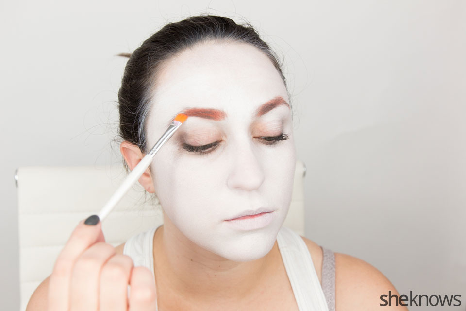 American Horror Story Halloween makeup: Step 2