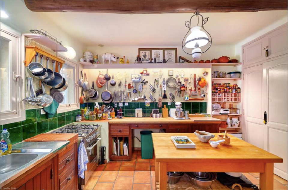 10 things we 39 re totally coveting about julia child 39 s for K kitchen french market