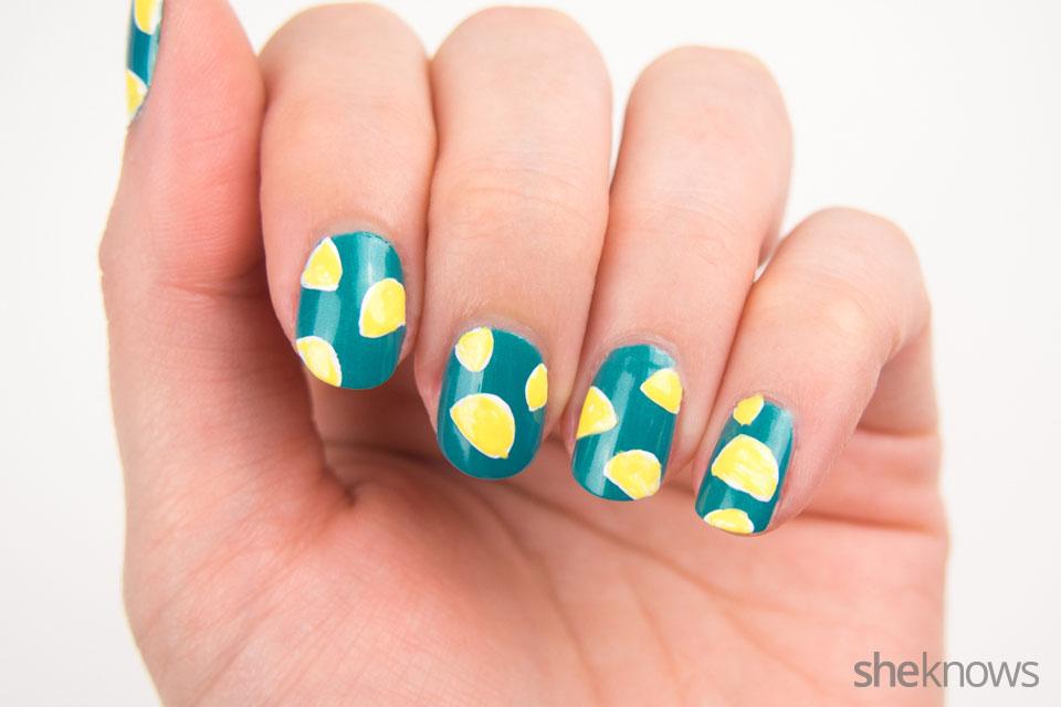 DYI tiny tacos nail art: Step 3