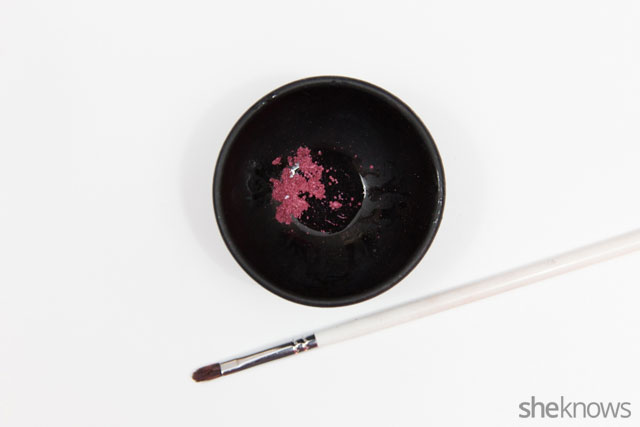 DIY lip color made from eyeshadow: Step 3
