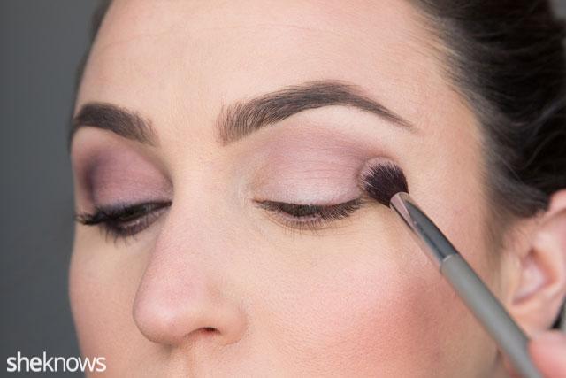 Simple date night makeup tutorial: Step