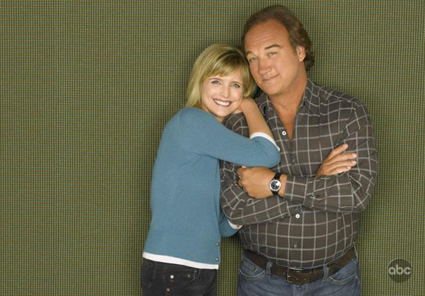 According to Jim's Jim Belushi and Courtney Thorne-Smith