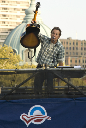Bruce sings for the vote in Philly
