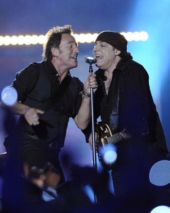 Bruce Springsteen and Steve Van Zant sing about Glory Days