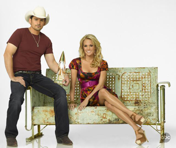 Carrie and Brad host the CMAs