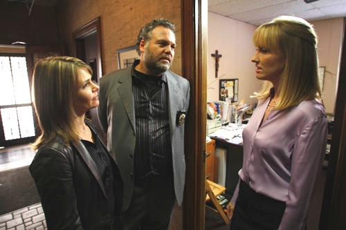 Vincent D'Onofrio and Kathryn Erbe find Law and Order: Criminal Intent
