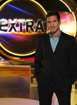 Mario Lopez on his Extra set