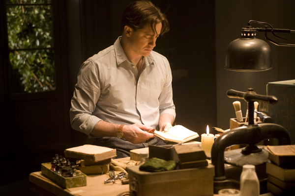Brendan Fraser reads into the fantasy