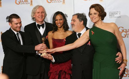 Sam Worthington, James Cameron, Zoe Saldana and Sigourney Weaver enjoy Golden Globe win