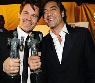 Josh Brolin and Javier Bardem at last year's SAG awards