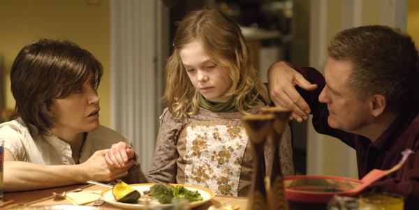 Felicity Huffman, Elle Fanning and Bill Pullman head down the rabbit hole