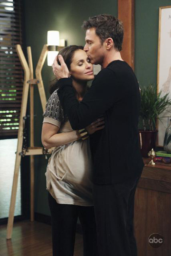 Tim Daly and Amy Brenneman on Private Practice's finale