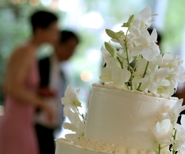 Choosing a wedding caterer