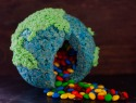A candy-filled Rice Krispies Treat that's out of this world