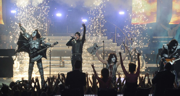 Adam Lambert + DWTS: what?