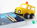 Make an amigurumi school bus