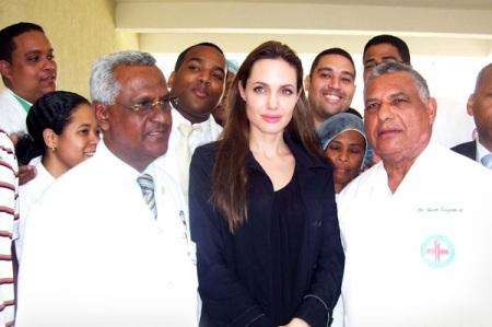 Jolie: Spreading good will