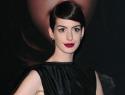 Anne Hathaway's wardrobe malfunction