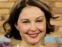 WTF happened to Ashley Judd's face? Her explanation