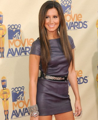 Ashley Tisdale rocks the red carpet at the MTV Movie Awards