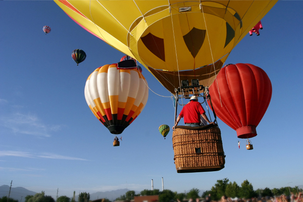 Bluff International Balloon Festival