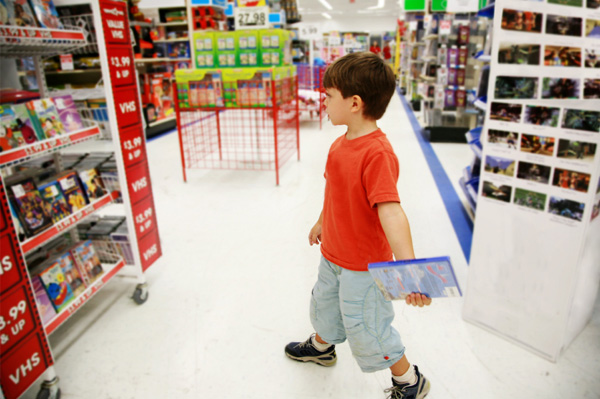 Toy Stores For Boys : Toy safety shopping tips