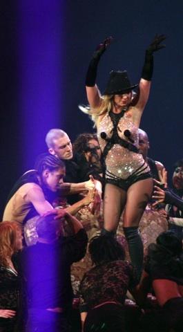 Pop slips Britney Spears pills