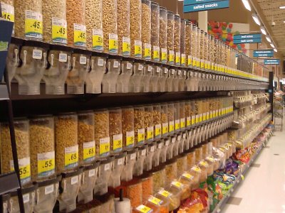 bulk food aisle rice and grains
