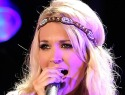 VIDEO: Carrie Underwood's high-heeled fall