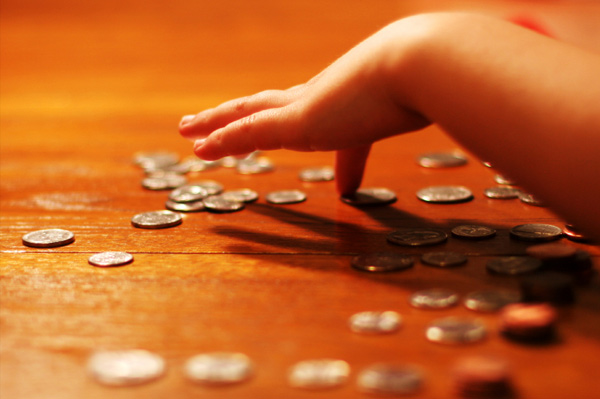Child Counting Change