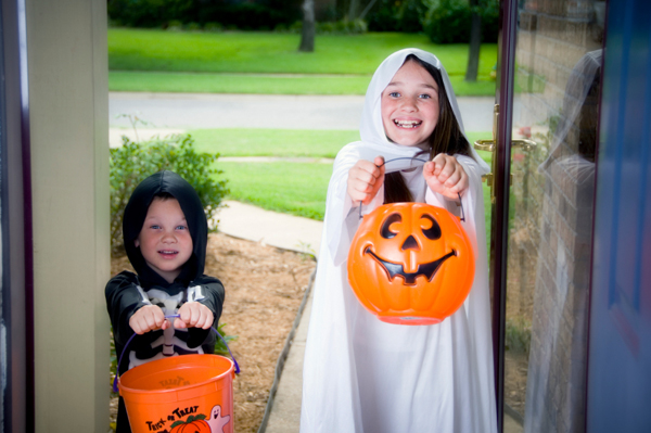 Important Trick Or Treating Safety Tips To Teach Your Kids