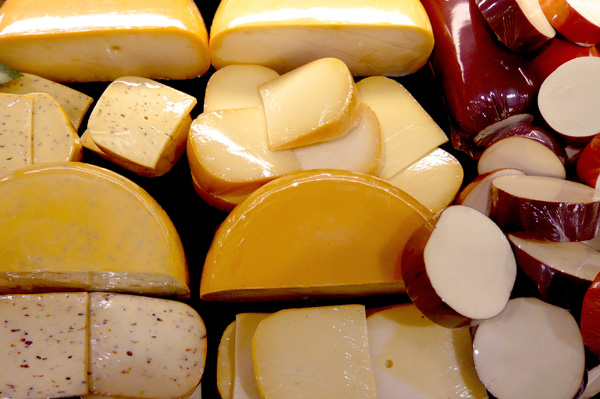 The Skinny on Low-fat Cheese