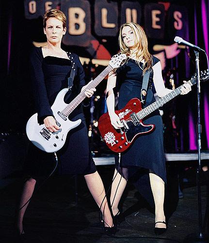 Jamie and Lindsay...and Jamie...and Lindsay...rock!