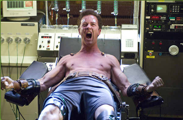 Edward Norton gets into The Hulk