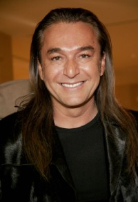 Celebrity Hairstylist Nick Chavez shares his insight