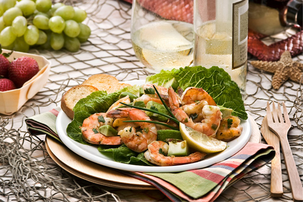 Hot and Spicy Shrimp and Avocado Salad