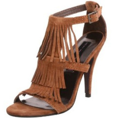 Steve Madden fringed pump