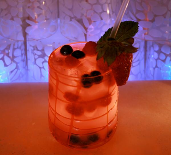 Mixed berry batida