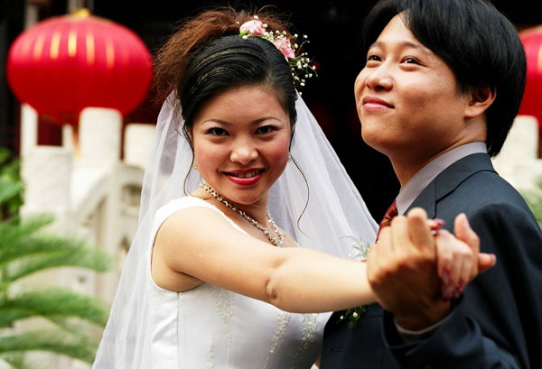 Newlyweds excited about paying taxes