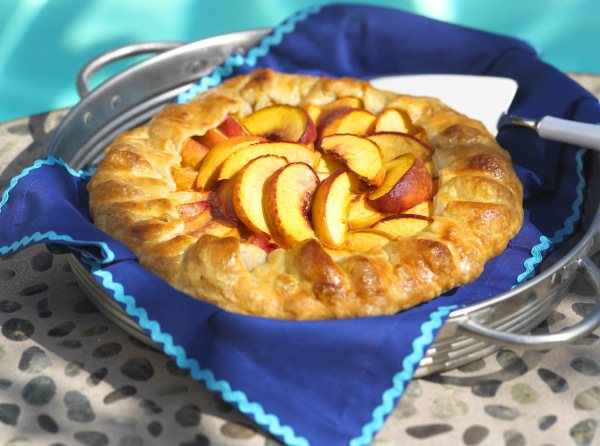 Peach fold up tart