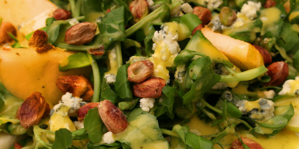Gourmet Greens with Peaches, Feta and Pistachios