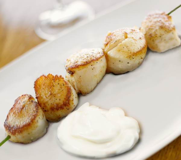 Sea scallops brochette