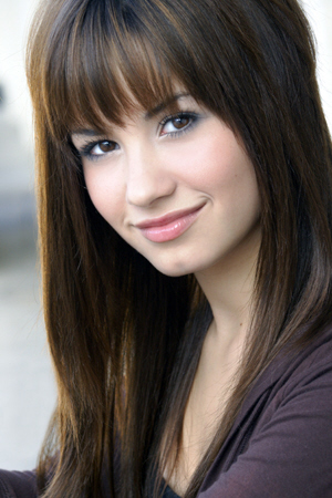 Demi Lovato Pictures on Demi Lovato Este Un Alt Cunoscut Star Disney Channel  Care Are Multe
