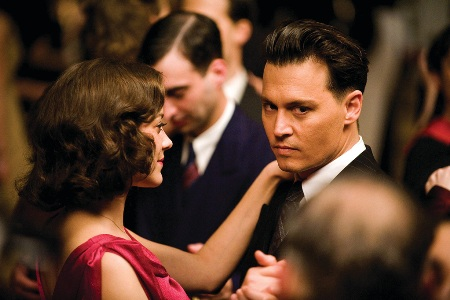 Marion Cotillard and Johnny Depp dance in Public Enemies