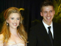 Scarlett Johansson & other celebs who are twins