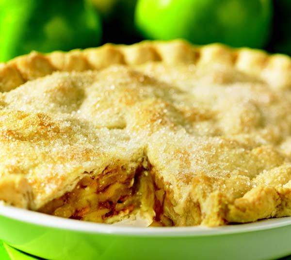 Double-crust spiced apple pie