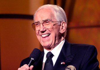 Ed McMahon dies at 86