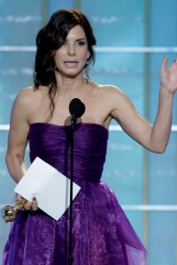 Sandra Bullock rocks The Golden Globes