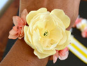How to make your own Mother&#039;s Day corsage