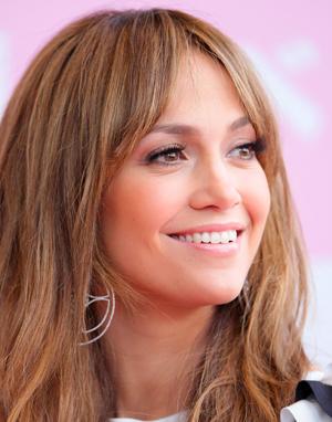 Jennifer Lopez Address on Jennifer Lopez Wins Web Address Battle